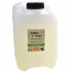 Bubbles & Nature Hypoallergenic dog shampoo for dog groomers