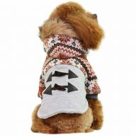 Particularly fashionable ornaments and ox horn buttons on the back of this warm dog clothes
