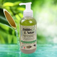 Universal dog shampoo for all breeds of Bubbles & Nature